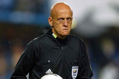 Italian legendary official Collina is the perfect man to keep the bald football players in check.