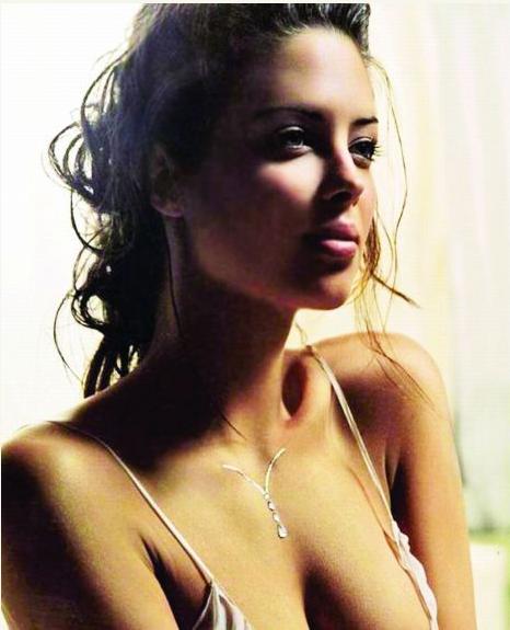 Sexy Chelsea Physio Eva Carneiro