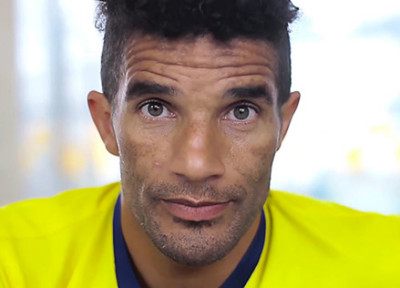 David James. the EPL clean sheets record holder.